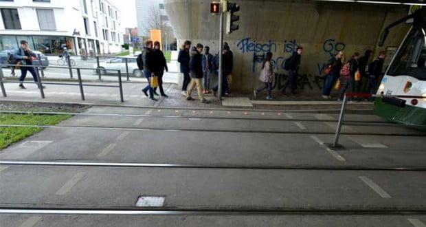 Sidewalks for smartphone users
