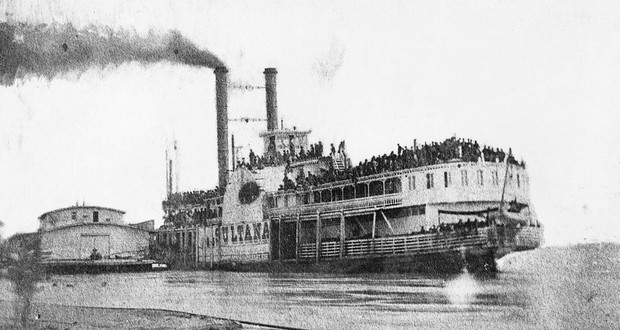 Sultana steamboat disaster