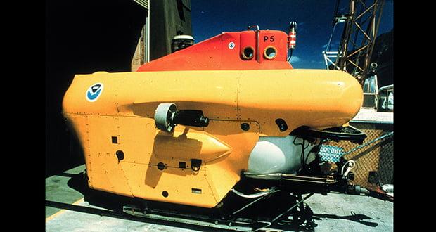 Pisces-class deep submergence vehicle