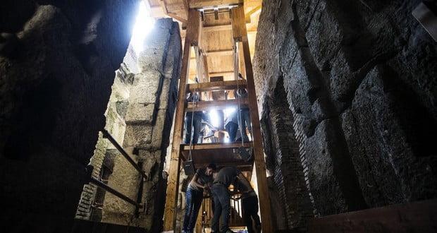 Colosseum elevators