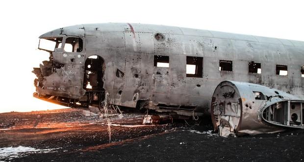 Plane wrecks