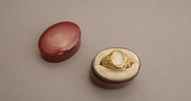Lincoln's hair ring