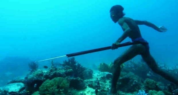 Badjao tribe diver