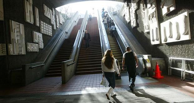 BART escalators