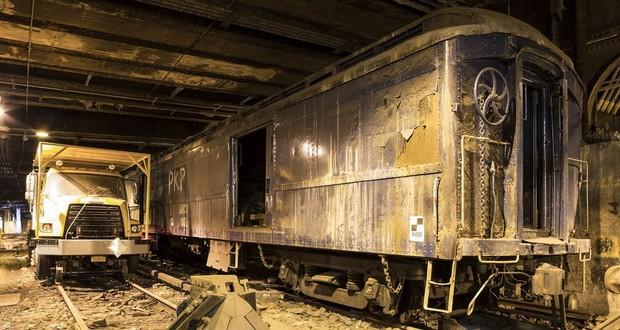 Secret train platform