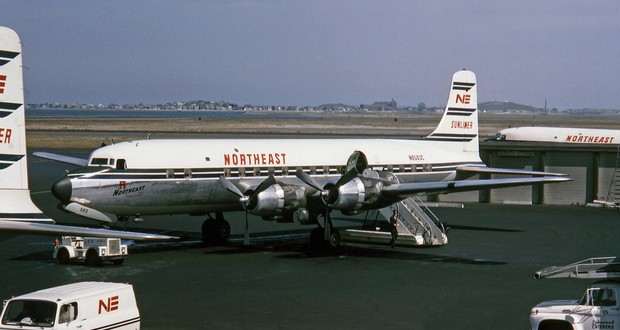 Northeast Airlines Flight 823