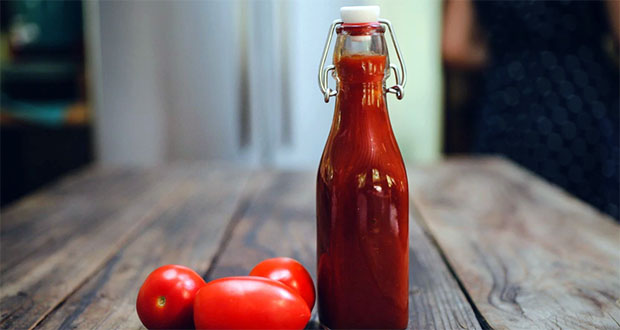 Ketchup in Glass Bottles