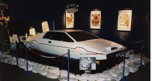 Lotus Esprit Sub
