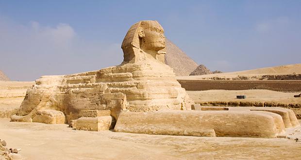 GreatSphinxof Giza