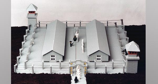 Auschwitz Lego