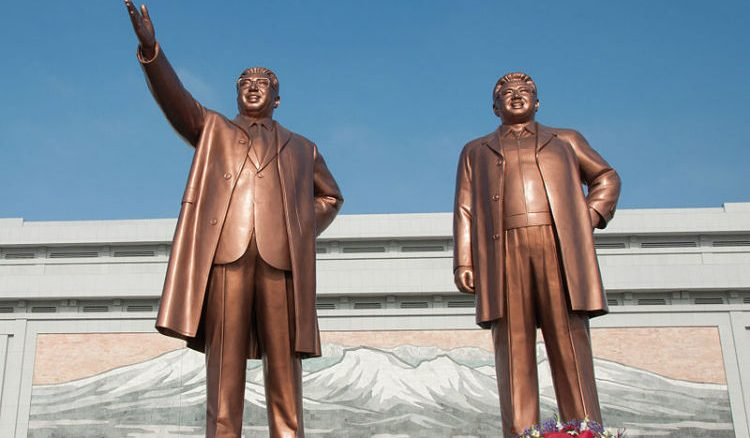 Statues of dictators