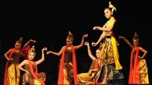 Top 15 Javanese Traditional Dance From Indonesia Factsofindonesia Com