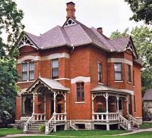 Dave' Victorian House Site - Illinois
