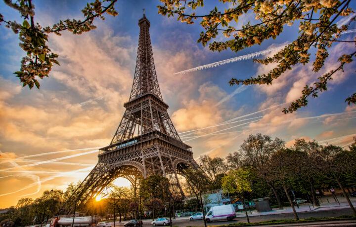 Le Jules Verne Eiffel Tower Paris Fade Acoustic Ceilings