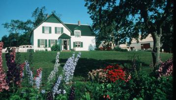 Home of Anne of Green Gables, very popular with tourists