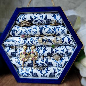 Nerdecor Delft Blue Jewelry Organizer