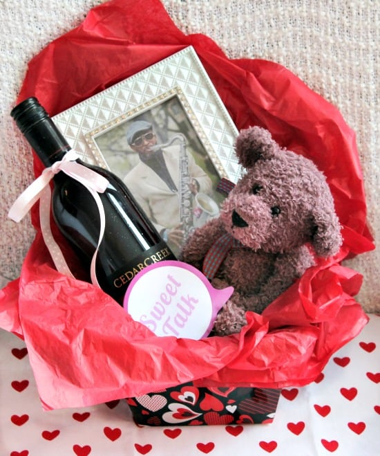 Valentines, DIY, Gift Basket, For her, Boyfriend in a box,