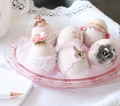 how to color eggs, pretty easter eggs, how to dye Easter eggs, beautiful Easter eggs, natural egg dyes, natural egg decorating,