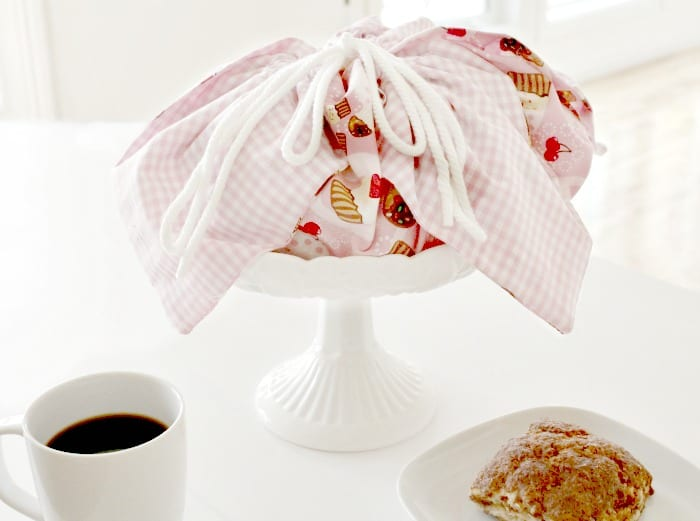 Make your own basket liner, bun carrier, simple sewing projects