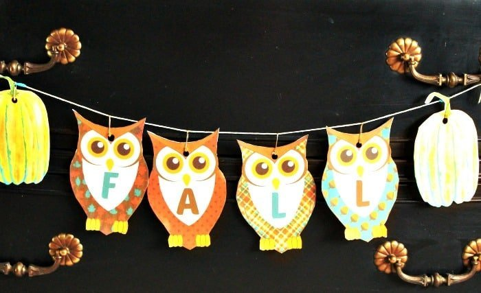 Cute autumn banner perfect for an easy child's craft. Printable fall decoration,Free Printable Banners, Fall Banner,printable banner