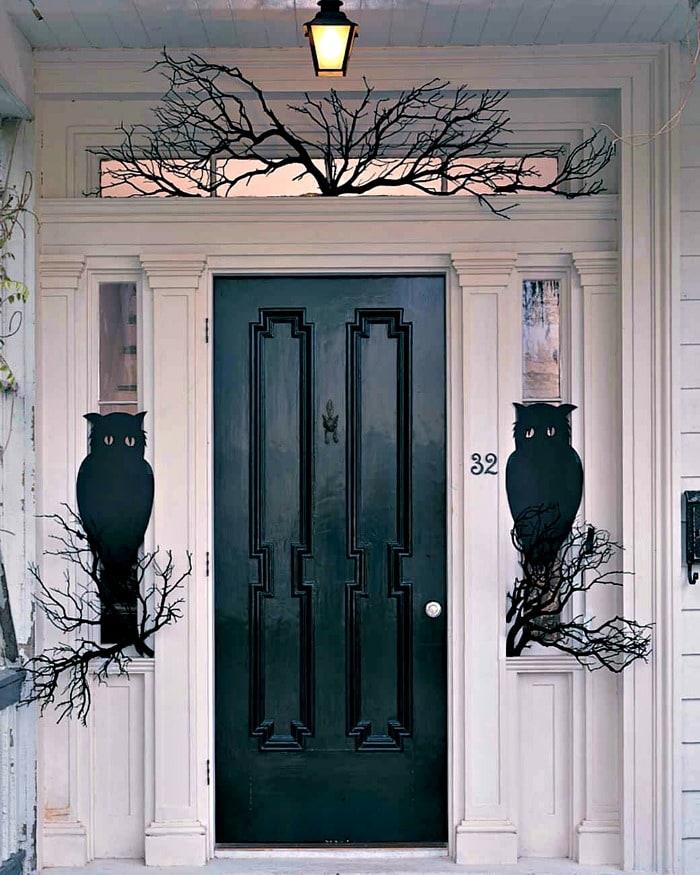DIY Halloween front porch ideas, Halloween porch displays, DIY Halloween yard decorations, DIY Halloween front porch ideas, DIY Halloween front door decorations,