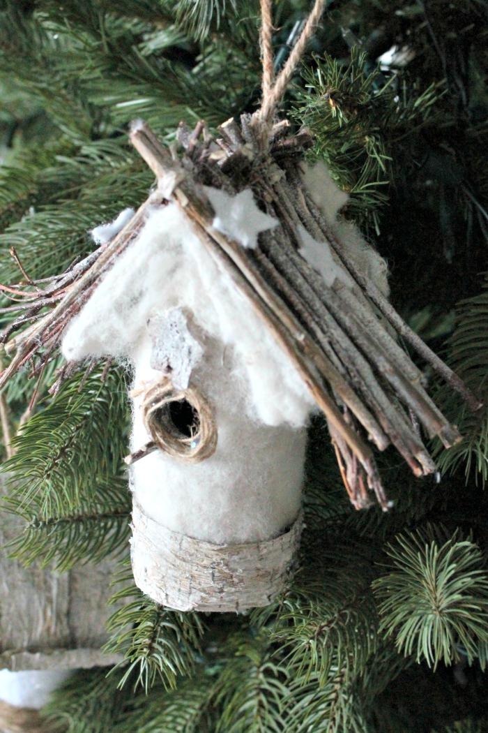 DIY Christmas tree birdhouse ornament. DIY Christmas Tree Ornaments, DIY Ornaments, homemade ornaments easy to make Christmas decorations, farmhouse Christmas decorating ideas