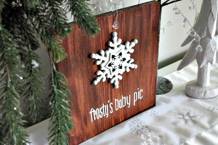 DIY rustic wooden sign, that says frosty's baby pic for Christmas decor diy snowman decoration, Frosty's baby picture, diy snowman crafts, snowman craft ideas