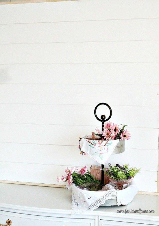 Large shiplap diy backdrop for wall art. diy shiplap wallart, shiplap bathroom, installing shiplap interior, shiplap house,