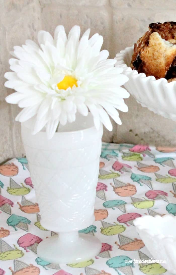 Building A Milk Glass Collection