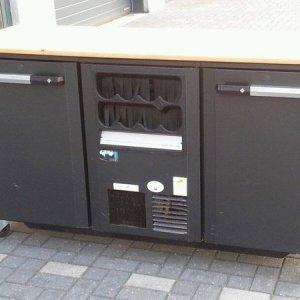 Bar met koelkasten