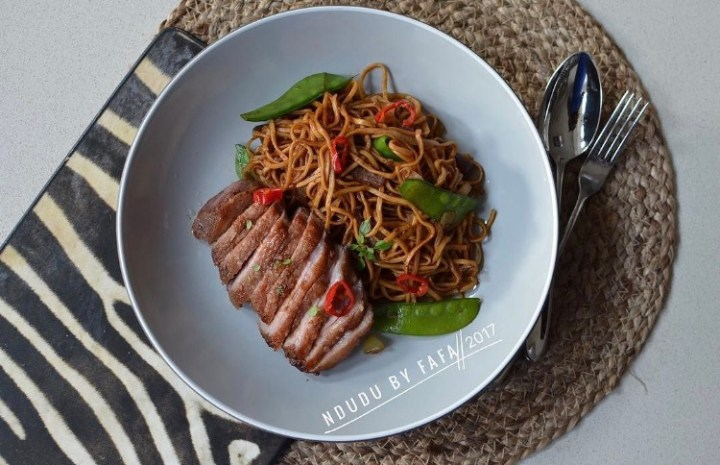 PAN FRIED EGG NOODLES & DUCK RECIPE
