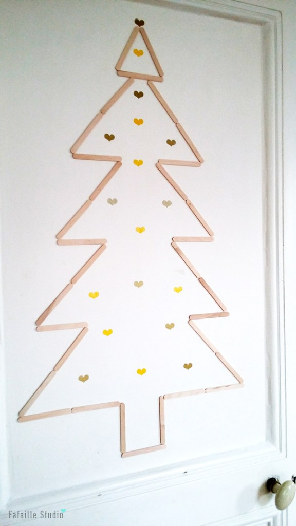 DIY un sapin mural très simple