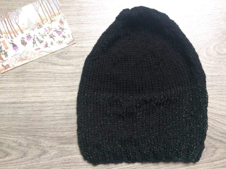 Tricoter un bonnet boy friend pailleté