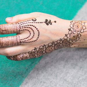 Simple Henna (Final Price Dependent on Style)
