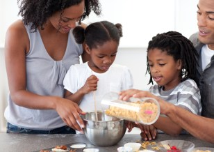 Family meal preparation is encouraged at UHS Stay Healthy Kids