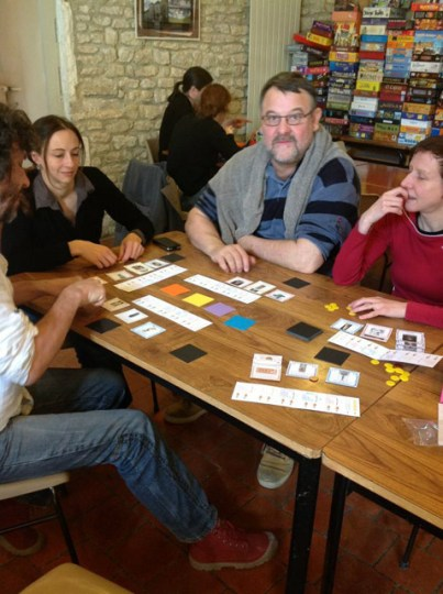 Une partie du prototype de National Museum Playtesting the National Museum prototype