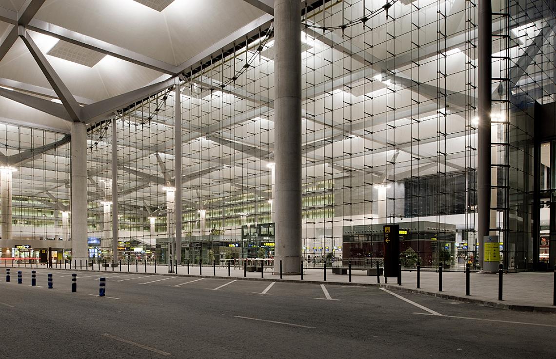 T3 terminal malaga airport fairbanks arquitectos - Arquitectos interioristas malaga ...