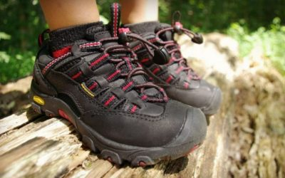 The 5 Best Shoes for Backpacking Around the World