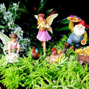 Fairy Garden Farm Fairies by Pretmanns