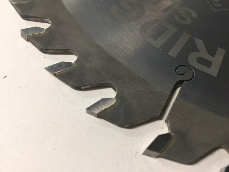 cleaningsawblade-2