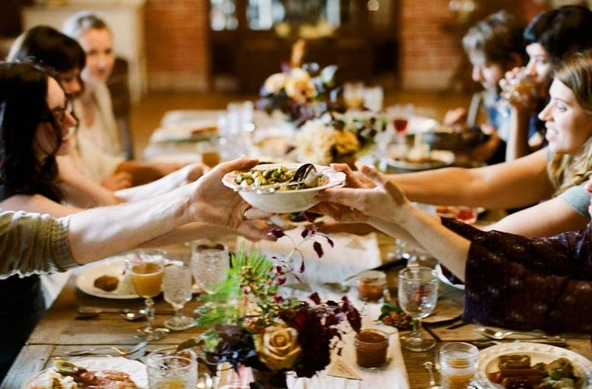 The Newlywed's Guide to Navigating the Holidays via Loverly - Fairly Southern