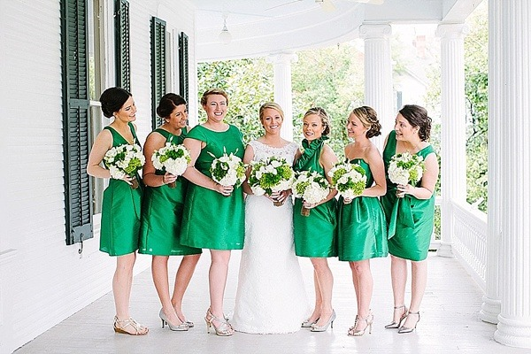 Preppy and Classic Kelly Green Wedding - Fairly Southern