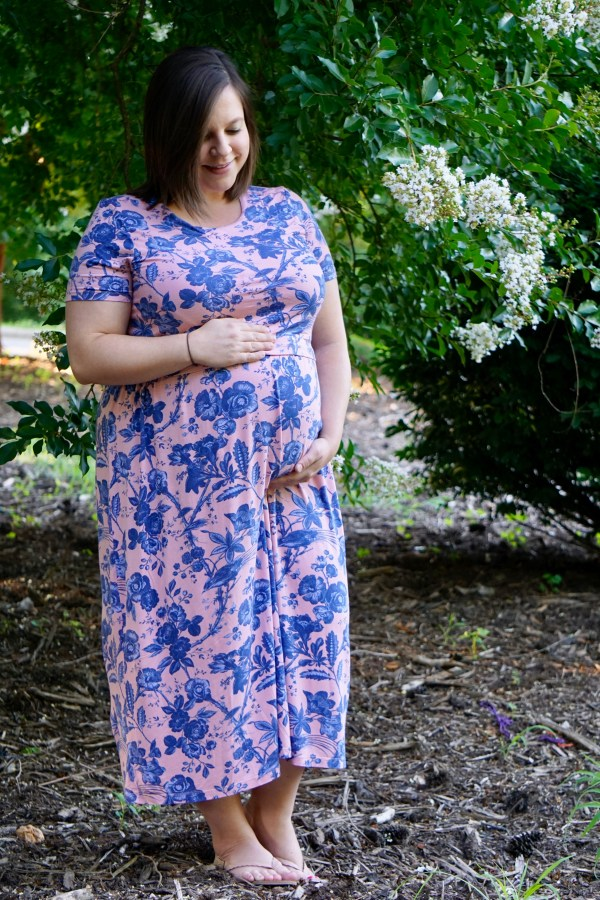Ethical & Sustainable Maternity Fashion with Poshmark Stylist Christie Barker   Fairly Southern