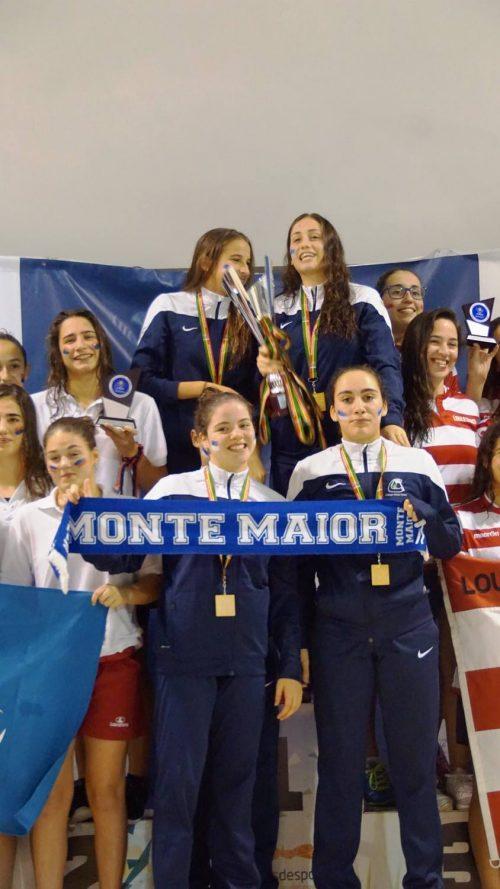 Equipa feminina do Colégio Monte Maior | Foto: Facebook Lfnunes