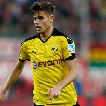 Weigl ganhou mais liberdade com a mudança de Tuchel (Foto: Borussia Dortmund Brasil)