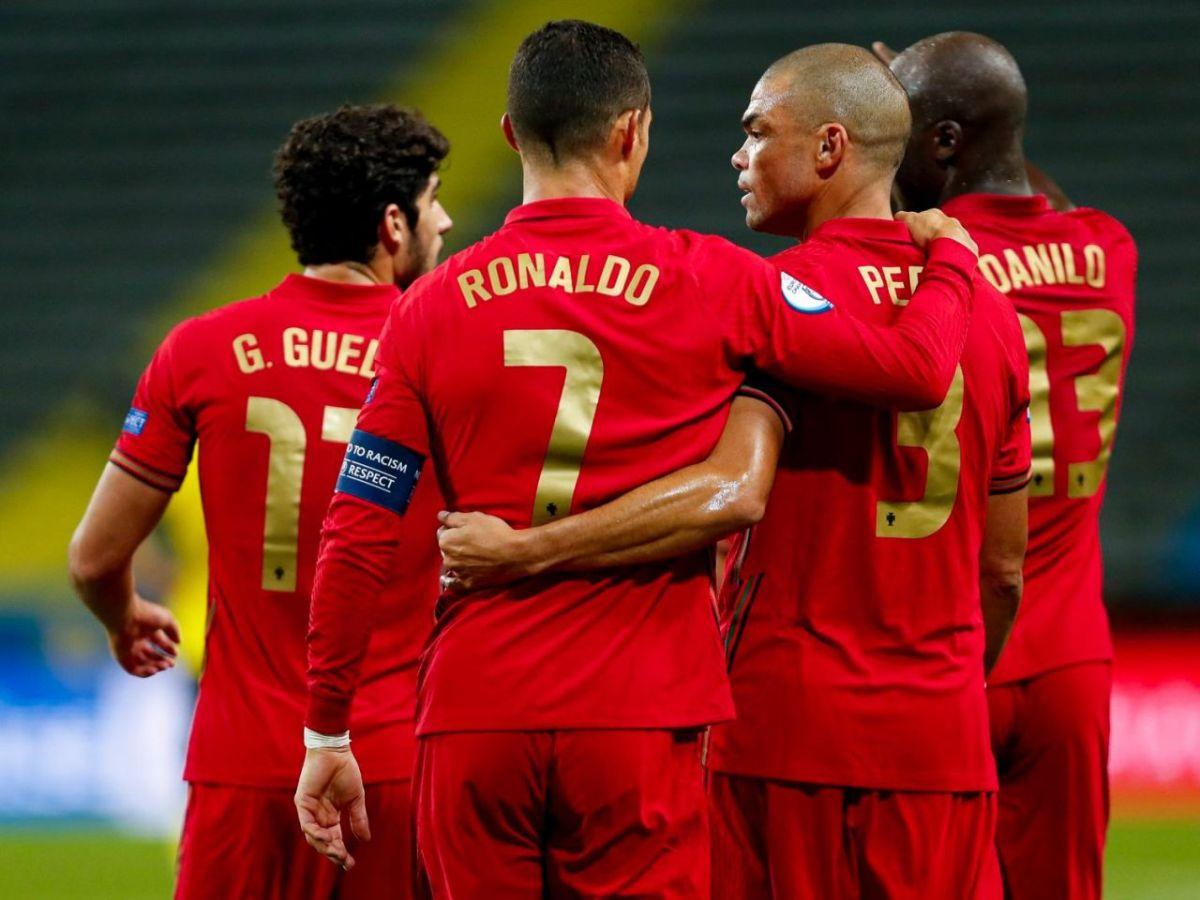 Page48_Ronaldo_19.jpg?fit=1200%2C900&ssl=1