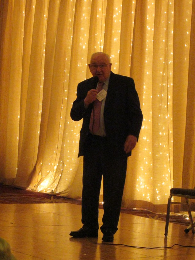 Jokes by vet Simon. He should perform in the Catskills!
