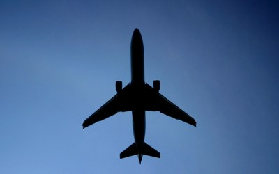 Lawmaker urges LaGuardia flight path changes