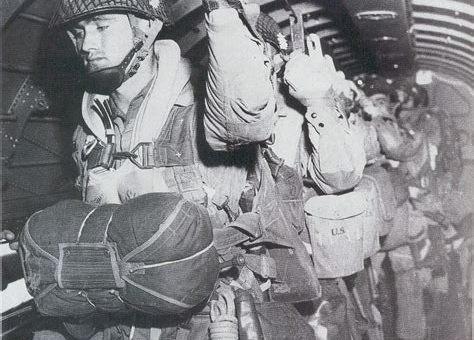WWII Marine Parachute Unit