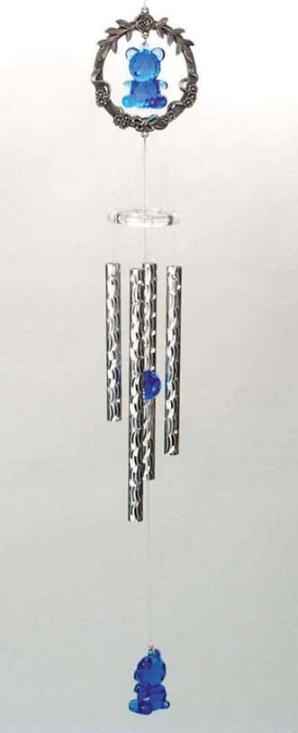 Pewter Wreath with Blue Acrylic Bear Wind Chime    6-46
